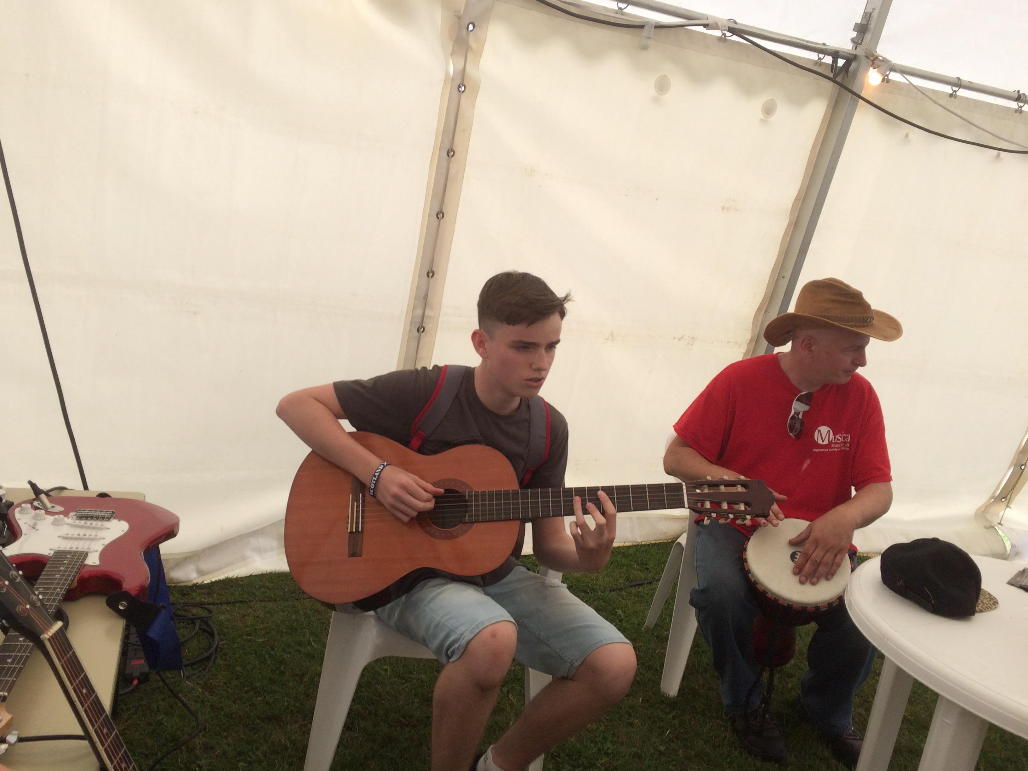 Musica Guitar